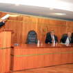Profesor Ramón Silva, se encargo de presentar el diccionario de lengua guaraní